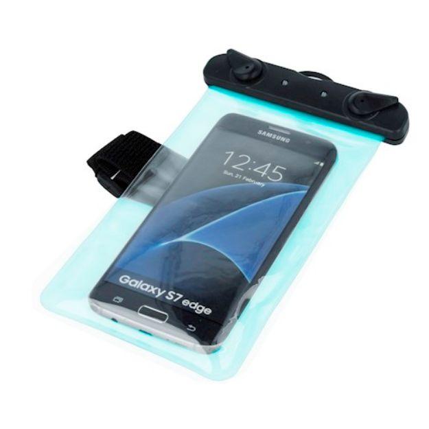 Immagine di Custodia impermeabile universale progettata per telefoni cellulari